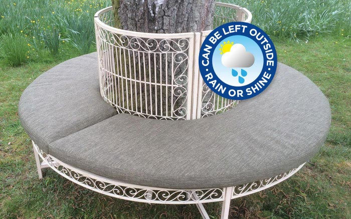 Circular outdoor cushions made-to-measure for a tree seat